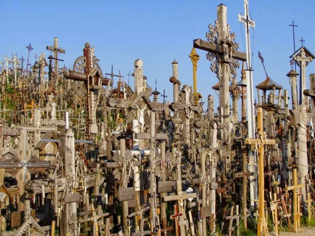 The Hill of Crosses  Lithuanian - Ritebook - 007